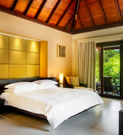 King garden villa bedroom